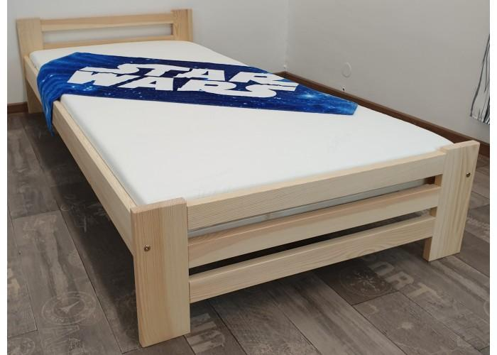 Masivní postel Borovice NUNO