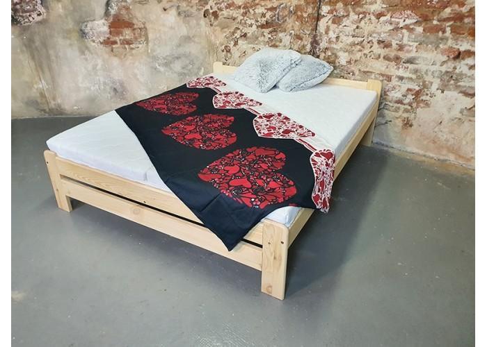 Kvalitní postel z masivu EURO